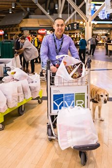 Steven Woo and his assistance dog, Horatio